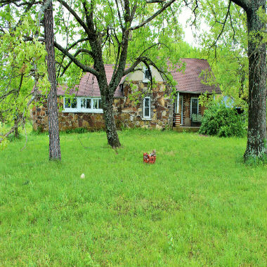 1500 Red Clover Rd. Strafford, MO 65757
